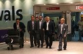 وزیر ورزش تا فردوسیپور در فرودگاه + عکس