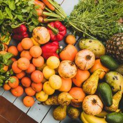 خواص میوه ها و سبزیجات با توجه به رنگشان