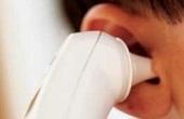 خارج کردن ۲۱ کرم زنده از گوش یک بیمار