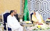 رئیس جمهور و مشایی در مسجدالنبی + عکس