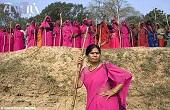 گانگسترهای زن و رهبرشان در هند/عکس
