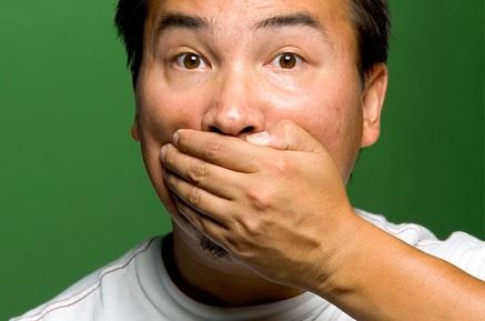 1356673809 3453 5345 بوی دهان را طبیعی نابود کنید
