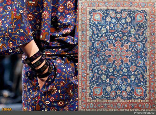143509 282 طرح فرش ایرانی روی لباس زنان اروپا /عکس