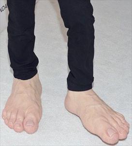 کفشهای عجیب جیم کری دراسکار/عکس, جدید 1400 -گهر