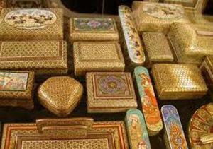 کسانی که نوروز با سفر به فارس قصد خرید سوغاتی دارند حتما بخوانند