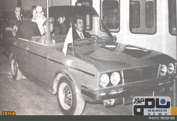 0094 1 شاه و فرح سوار بر پیکان/عکس
