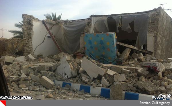 19644 272 خسارت ها در زمین لرزه بوشهر/عکس