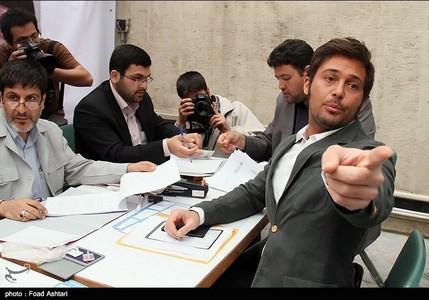 79ufdej8j1i6mpflzk0 ثبت نام یک مدل و بازیگر مشهور سینمای ایران در انتخابات شورای شهر / عکس