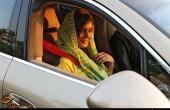 الناز شاکر دوست سوار بر ماشین یک میلیاردی/ عکس