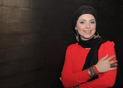 """وقتی ارمیا خواننده زن آکادمی گوگوش """" لبیک یا خامنه ای """" می نوشت!/عکس"""