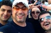 شادی مهدی پاکدل و بهنوش طباطبایی پس از پیروزی ایران در خیابان/ عکس