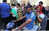 جشن و شادی مردم پس از صعود ایران به جام جهانی / عکس(۲)
