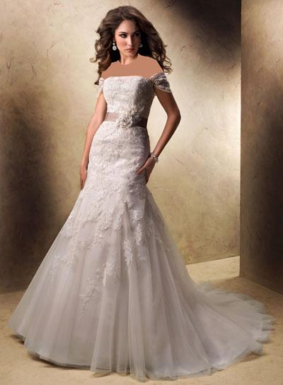 mo8349 مدل جدید و بسیار زیبا لباس عروس 2013