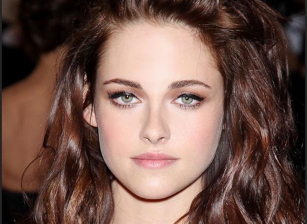 17 لیست زیباترین زنان سال ۲۰۱۳ به انتخاب hollywood buzz  / عکس