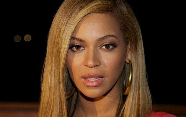20 لیست زیباترین زنان سال ۲۰۱۳ به انتخاب hollywood buzz  / عکس