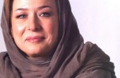 مهراوه شریفی نیا در در آغوش مادرش، آزیتا حاجیان / عکس
