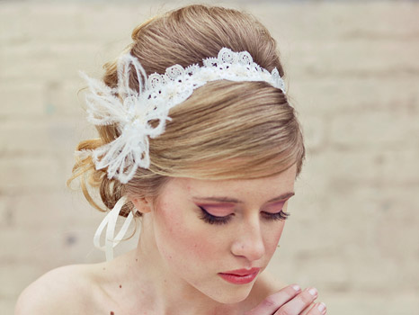 222 استفاده از تور و گیپور برای تزئین مو در عروسی و مهمانی های شب