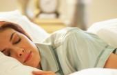 آیا کم خوابی، شما را چاق میکند ؟