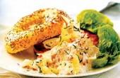 طرز تهیه سالاد ماهی سفید