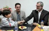 رویانیان و نابغه ۱۰ ساله ایرانی / عکس