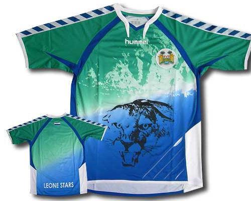 635224470024177070110189 307 مسخره ترین لباس های فوتبال طراحی شده