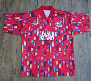 635224470024801071110191 629 مسخره ترین لباس های فوتبال طراحی شده