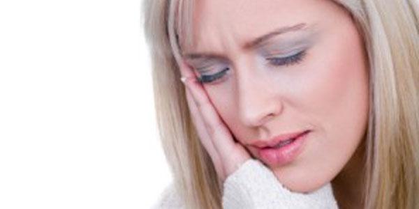 dandandard 10 راه کاهش درد دندان در خانه