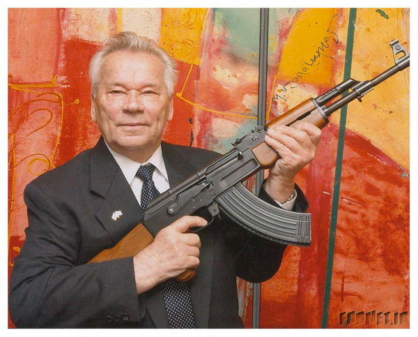 mikhail kalashnikov میخائیل کلاشینکف مخترع تفنگ کلاشینکف در 94 سالگی درگذشت