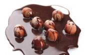 طرز تهیه شکلات فندقی