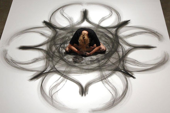 نقاشی های زیبا و شگفت انگیز این زن رقاص, جدید 1400 -گهر