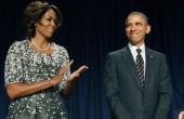 چشمک مرموز اوباما در کنار همسرش / عکس