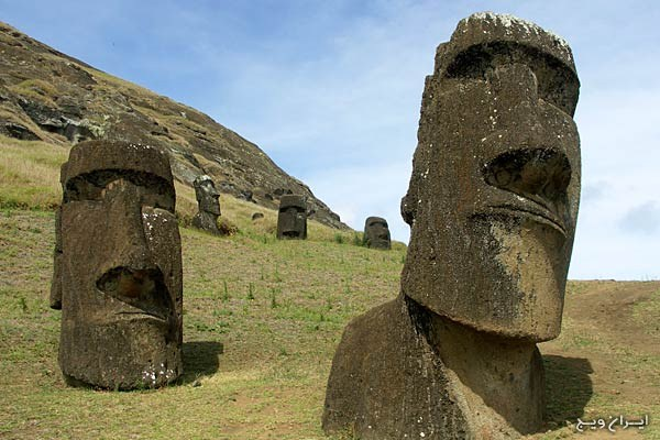easter island most relaxing places in the world www.iranvij.ir  آرامش‌بخش‌ترین مناطق جهان