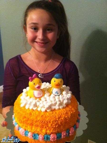 fn92 11 213 مشهور و پولدار شدن دختر 11 ساله با کیک تولد / عکس