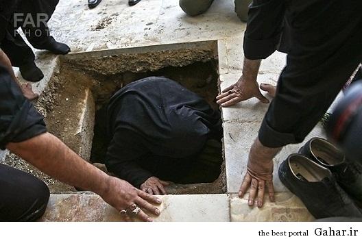 635306471479878305134399 787 مادر شهیدی که وارد قبر فرزندش شد / عکس