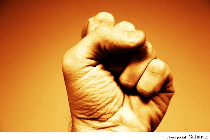 hand fist power1 راه های ایجاد تنوع در رابطه جنسی
