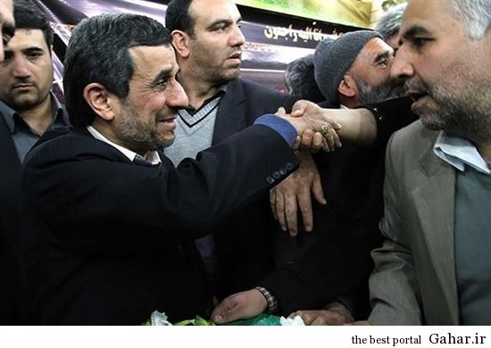 wcg3 احمدی نژاد در تشییع پدر شهید کاوه / عکس