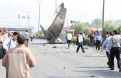 مسافر تاکسی بر اثر سقوط هواپیما در تهران درگذشت