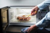 فهرستی از مواد غذایی که نباید دوباره گرم شوند