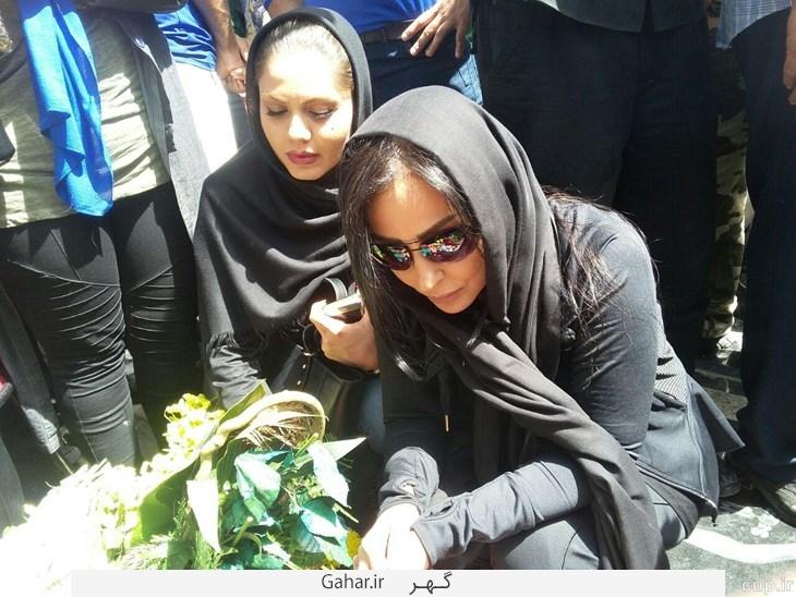 salehi zarei دو بازیگر خانم در مراسم سالگرد ناصر حجازی ؛ عکس