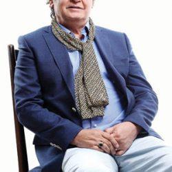 مصاحبه با رضا رویگری : وضعیت مالی مناسبی ندارم