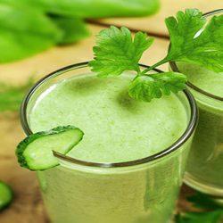 نوشیدنی که اگر قبل از خواب بخورید چربی شکم تان آب می شود
