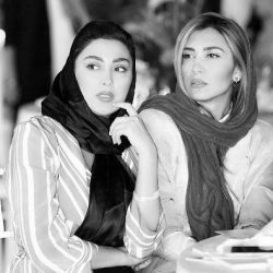 عکس: مانتوی مشترک مریم معصومی و خواهرش سوژه کاربران شد!