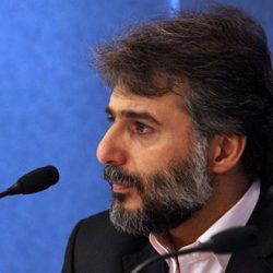 عذرخواهی سید جواد هاشمی به خاطر صحبتهایش در مورد گلشیفته