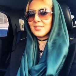 عکس های سلفی لیلا بلوکات در ماشین شخصی اش