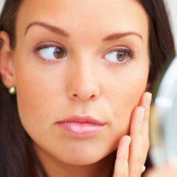 ۲۲ روش برای از بین بردن آکنه(جوش های)پوستی