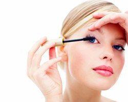 عوارض استفاده از مواد آرایشی برای پوست و کلیه ها و مغز