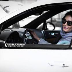 عکس جدید بازیگر معروف در ماشین شخصی اش