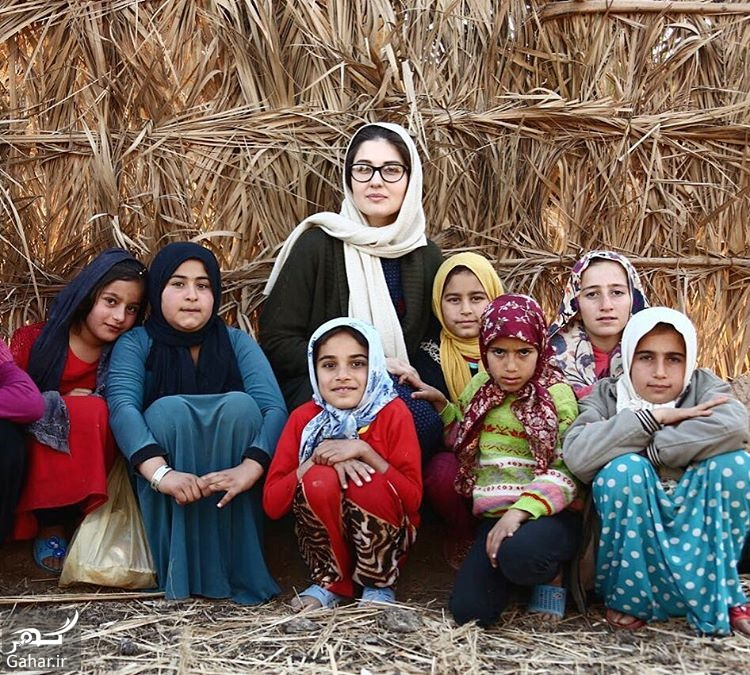 BQtRBgnjAv3 گلوریا هاردی در کنار دختران خوزستان + عکس