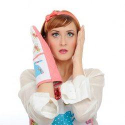 اشتباهات رایج خانم ها در آشپزخانه و راه حل آن ها