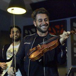 آماده شدن محمدرضا گلزار برای اجرای بزرگ در تهران